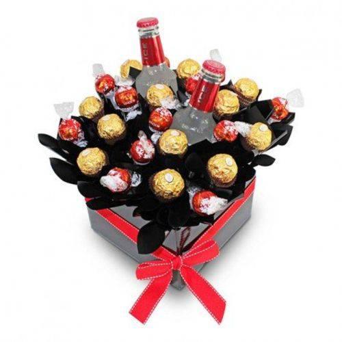 Cesta de Chocolate Criativa com Lindt, Ferrero Rocher e Smirnoff Ice - Cestas Catelândia
